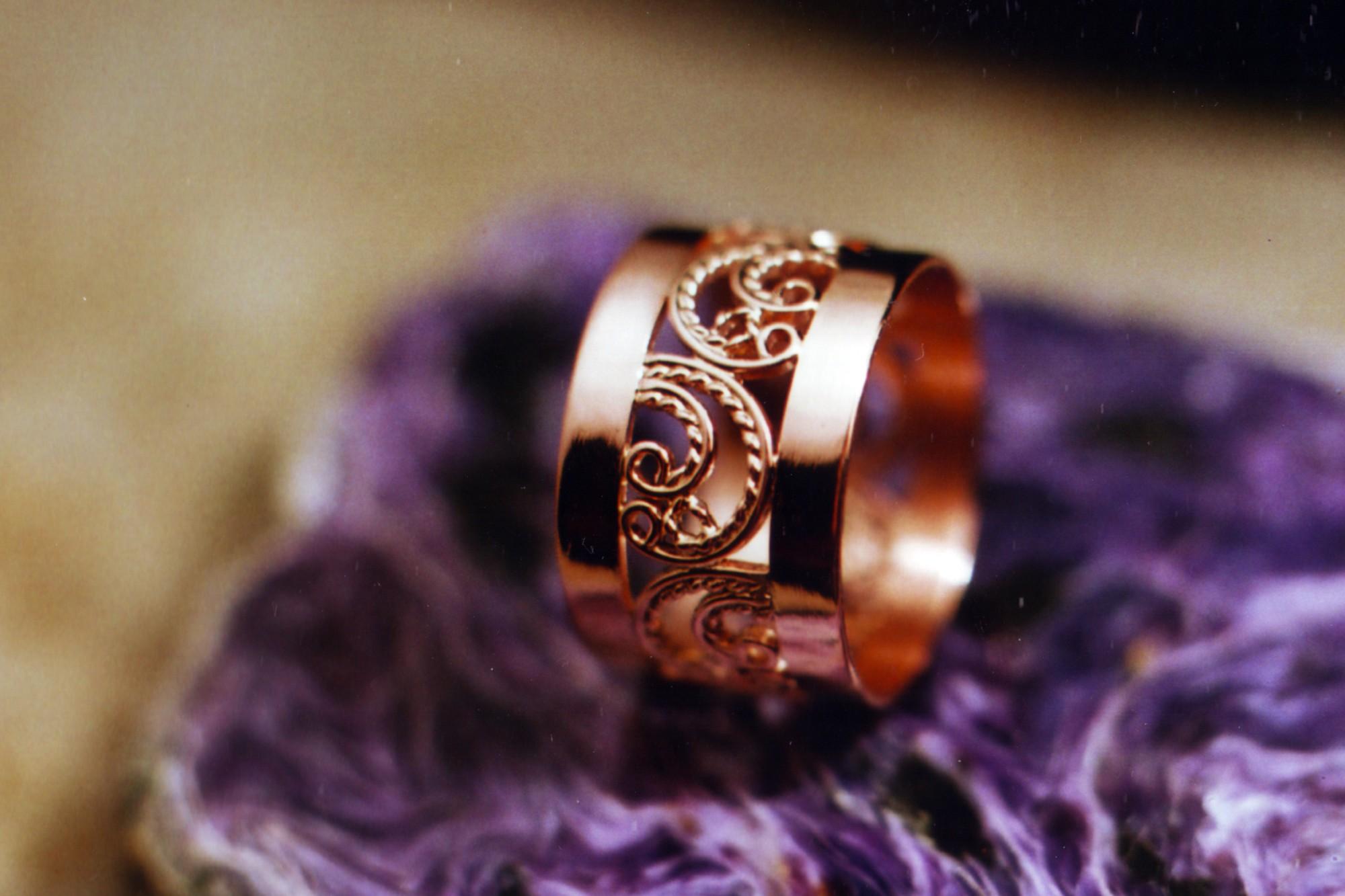 Женский золотой перстень с филигранью | 6_6_big